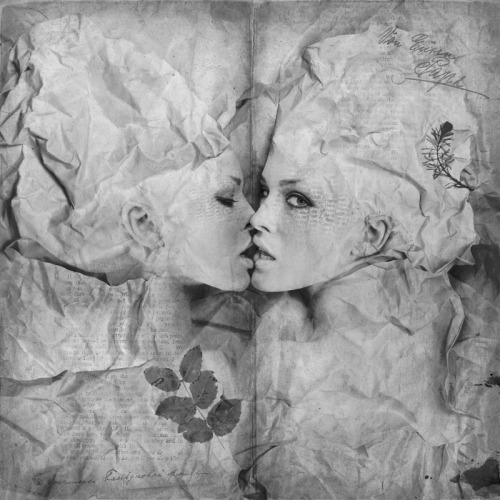 """Kissing Pages"" Photography by Kassandra"
