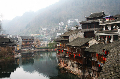travelingcolors:  Fenghuang | China (by Jing Jing Jing)