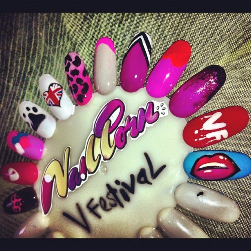 sosoflynails:  Knocked up a sample wheel for V festival. Fingers crossed we'll be V.I.Ping it (Taken with Instagram)