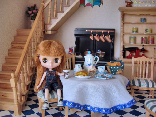 Can not get enough of this adorable Petite Blythe doll and fabulous little kitchen