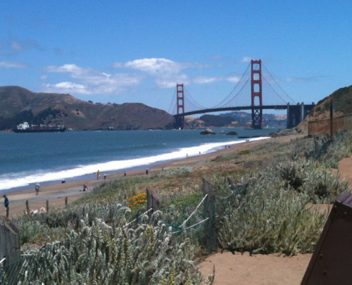 I took this a week ago down by Baker Beach in SF.. Its nice being able to call San Francisco my sort've hometown.