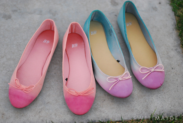 what-do-i-wear:  D.I.Y dip-dye ombre ballet flats (image: swellmayde)  この絶妙なグラデーション。ちょう可愛い。