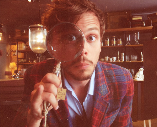 50/100 → Matthew Gray Gubler