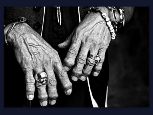 allthatglitters1017:  KEITH RICHARDS' Hands……