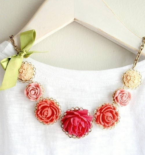 nestprettythings:  Madeleine Necklace by Nest Pretty Things