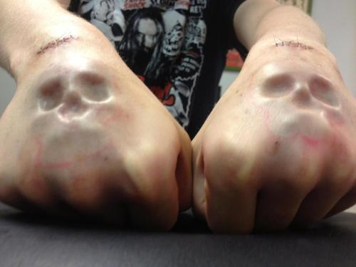 tahlalaliaaa:  neo-primitive:  Subdermal implants by Samppa.  holy shit. seriously the best subdermals I've ever laid eyes on.   العقل نعمة ، استغفر الله ،الحمدالله اني مسلمه