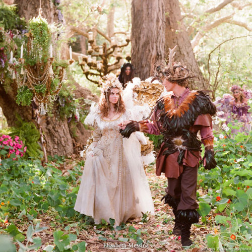 fuckyeahelves:  Has everyone and their dog already seen the fairytale wedding shoot? © Elizabeth Messina
