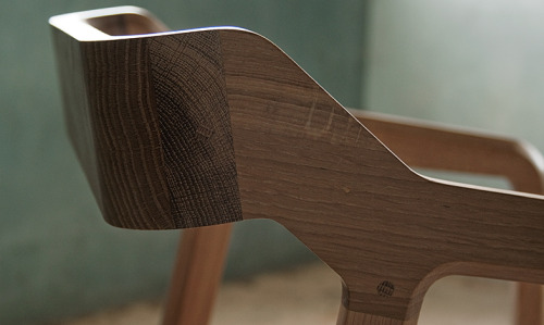 Kundera chair by GUD Conspiracy (Paulo Neves and Alexandre Kumagai)