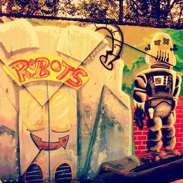 Robots Enter Here #streetart #queens #nyc #robots #robot #graffiti  (Taken with Instagram)