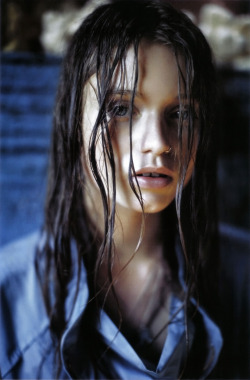 Abbey Lee Kershaw by Mario Sorrenti for Vogue Italia December 2008.