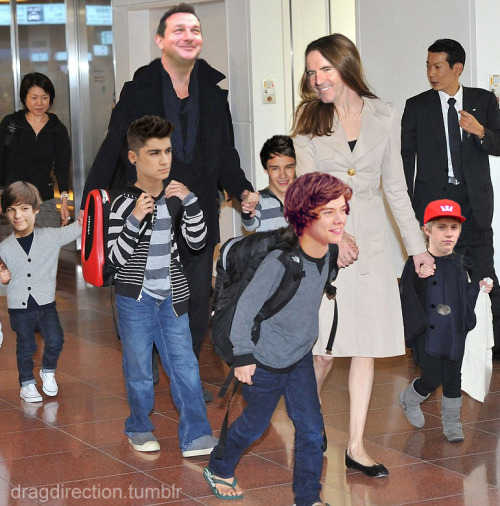 Sometimes I think Paul and Simon can really sympathize with Brad and Angelina.