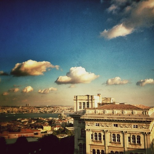 #istanbul #nisantasi #bosphorus #sky #clouds #sunset (Taken with Instagram at Teşvikiye)