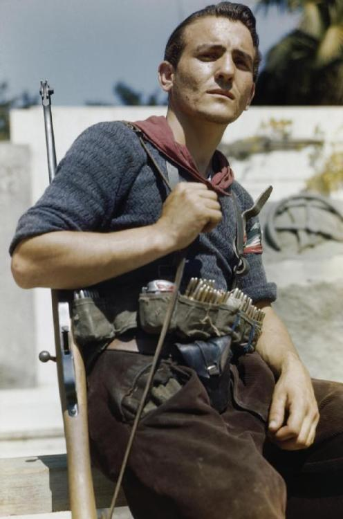 collective-history:.  Senor Prigile, an Italian partisan in Florence, 14 August 1944