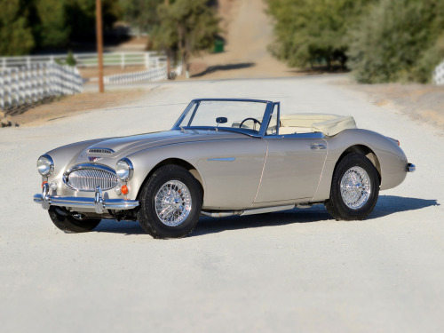 1966 Austin Healey 3000 BJ8 Roadster.