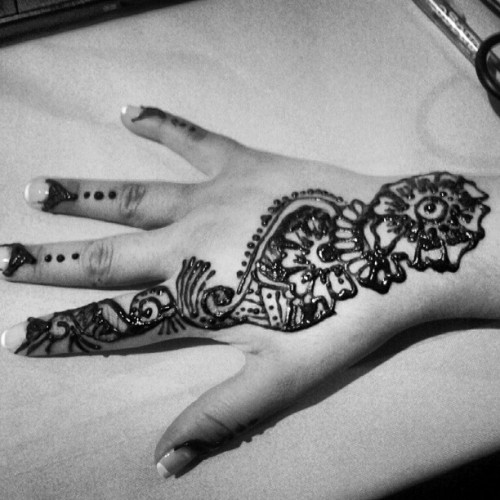 henna tattoo (Taken with Instagram)
