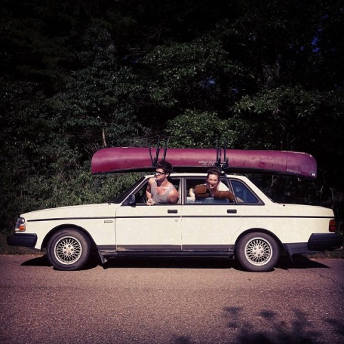 simplici-tea:  Goin' canoein'! @phoeberichardson (Taken with Instagram)