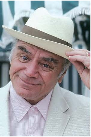 The Oscar-winning actor Ernest Borgnine has died at age 95. Read more here: http://ow.ly/c5Vr6 Borgnine had a long and fabulous career in Hollywood in movies and film both. What were your favorites of his roles?
