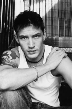 tomhardyrocks:  Tom Hardy Photoshoot