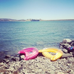 Great lazy day on the lake #tubes #lake #lazysunday (Taken with Instagram at Folsom Lake)