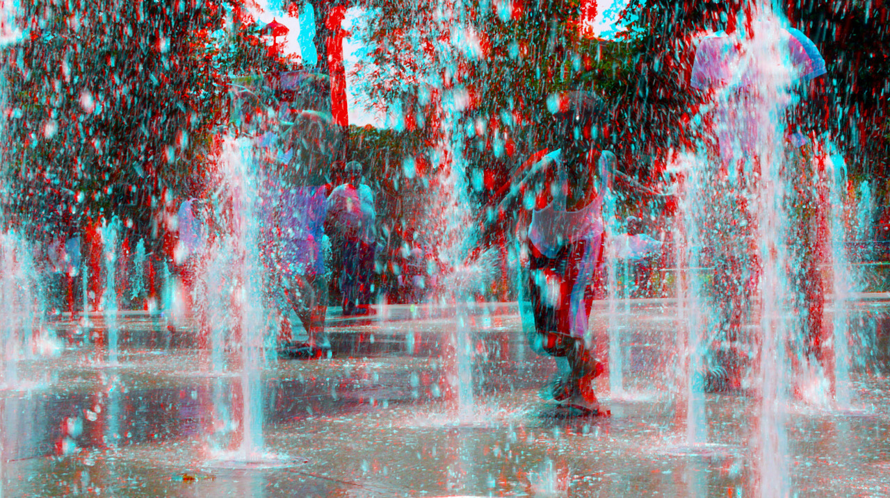 itscin3d:  Sucker Punch3D  The new Washington Park fountains in 3D