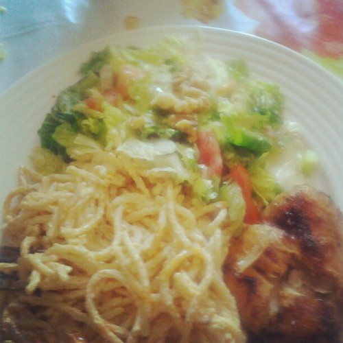 Made A Full Course Meal For The Family <3#spagetti,#chicken#salad (Taken with Instagram)