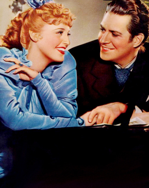 jeanetteannamacdonald:  Jeanette and Nelson Eddy on the cover of Screen Life for Bitter Sweet, 1940