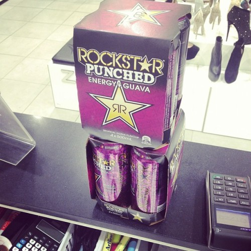 I'm pretty much a walking heart attack. #rockstar #energy #drink #suppliesfortheweek (Taken with Instagram)