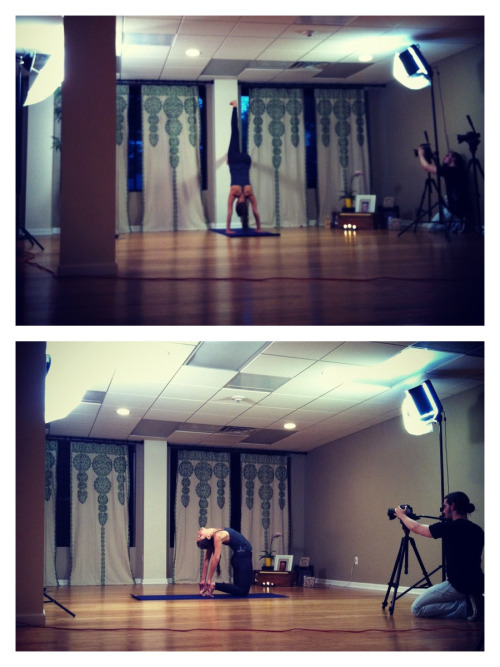 juliahrens:  Laura Ahrens being really cool and filming instructional yoga videos. she's amazing. check her out at ahrensyoga.com or check out her other videos on athleros  love her