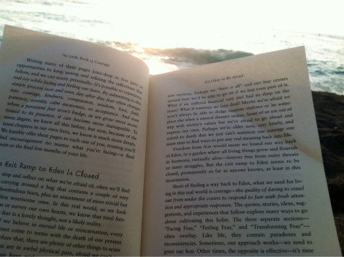 Reading at the beach <3