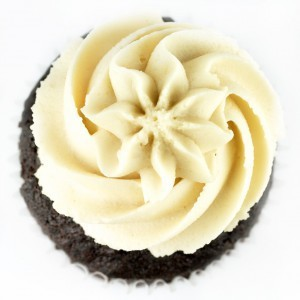 e-levated:  Chocolate Vanilla Cupcakes from Divine Cupcakes