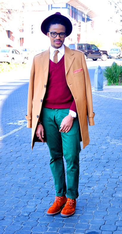 According to Jerri Blogger Jerri Mokgofe rocks a Csquared Menswear Pocket Square on Day 6 of his GQdotcoza Style Diary. Jerri makes looking good in winter effortless and stylish. We like Jerri's use of warm earthy tones to create his color blocked look.   To see all of Jerri's GQ Style Diary looks click here. Stay Stylin' Csquared Subscribe to Csquared Menswear by Email, and stay tuned to Csquared's Facebook or follow us on Twitter at @CsquaredSA for more stylin' daily updates. Csquared Menswear is stocked at selected boutiques and premier Stuttafords and Markham stores nationwide.