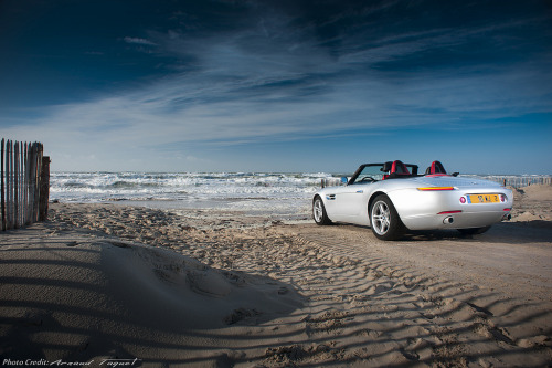 carpr0n:  Place to meditate Starring: BMW Z8 (by prestigesportcars)