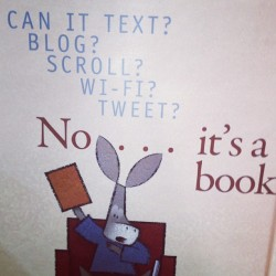 brookew0rm:  Funny books are funny #books (Taken with Instagram)