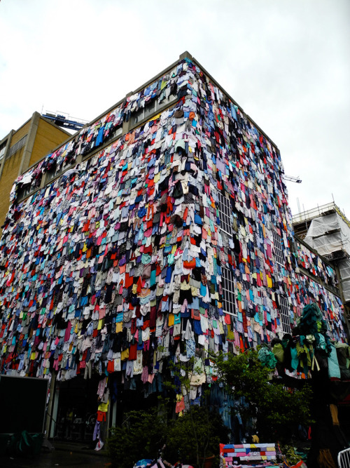 beconinriot:   Clothes Covered Building, Marks & Spencer Shwopping Campaign