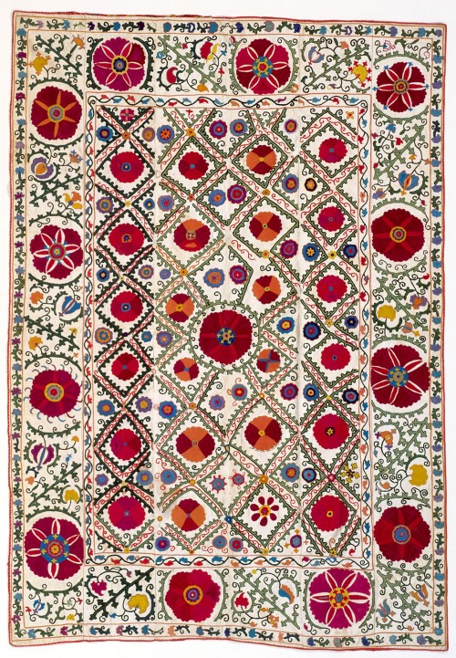 fragilitie:  tweed-eyes:  ceremonial hanging (suzani)  nationality  Uzbek  creation date  about 1875    want