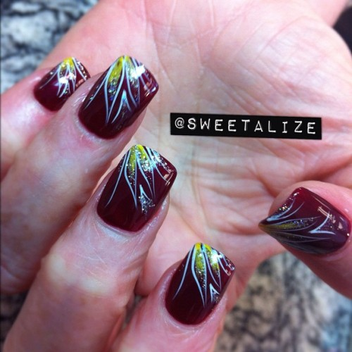 Some stripe art over gel nails #gelnails #acrylicnails #opi #abstract #lines #burgundy  (Taken with Instagram)