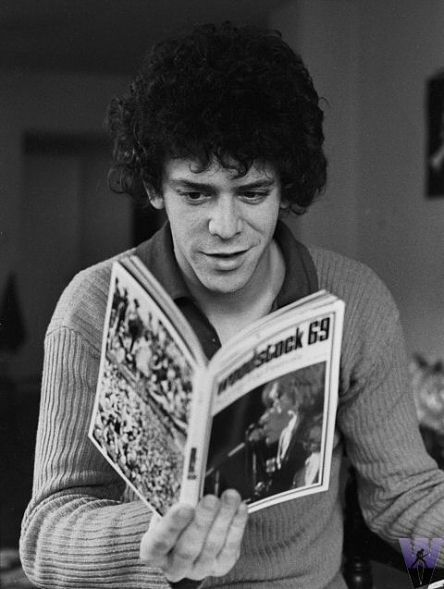 awesomepeoplereading:  Lou Reed reads.