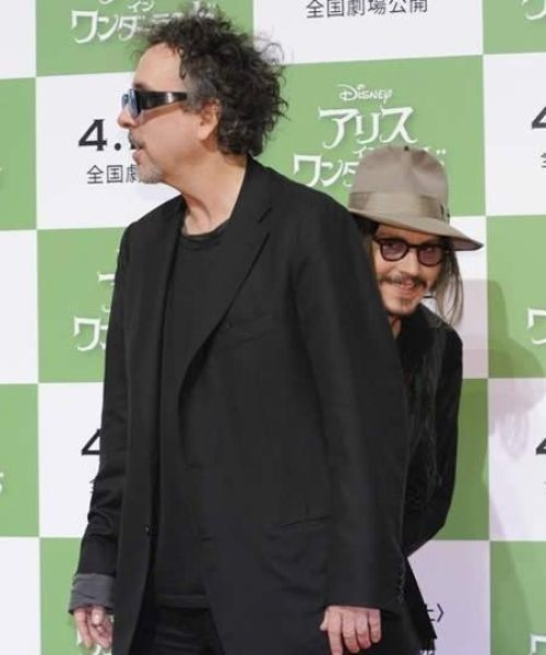 Johnny Depp photobomb :p