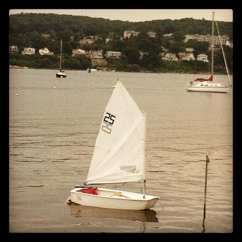 #sailing #sail #opti #sailboats #summer  #in1dotcom  (Taken with Instagram)