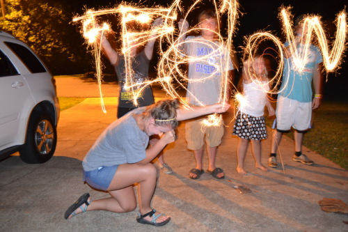 Amazing 4th of July Sparkler-bowing