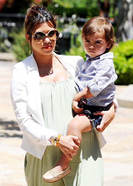 Penelope Scotland Disick is the newest Kardashian, born yesterday to Kourtney and Scott, pitied since then by yours truly. Penelope Scotland? Did they just string together the fanciest words they knew? They could name that child Diana, Princess of Wales and she'd still be the least classy person in America, after Aunt Kim, Snooki, and Barbara Walters. God, I hope they are planning to call her Pippa, just for the irony.