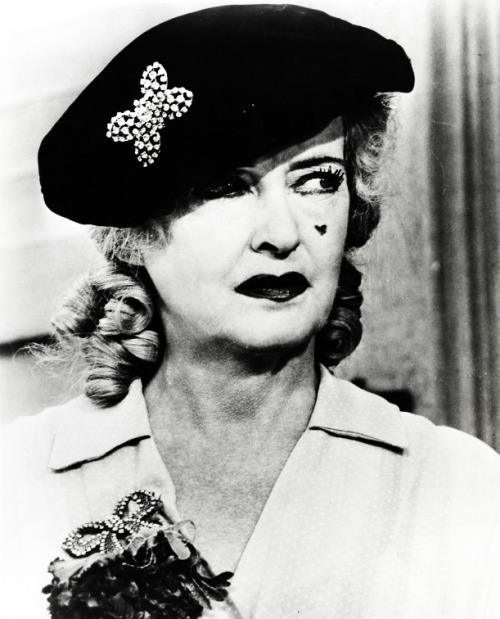 vintagegal:  Bette Davis in What Ever Happened to Baby Jane? (1962)