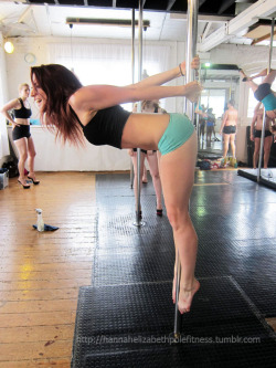 Pole Moves : Maria Luz Pole Over