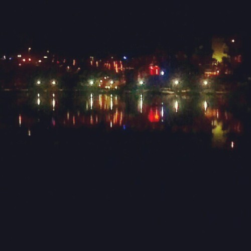 Fishing at the channel with @2SLOWthatWEIRDO #lakehavasu #fishing #nightlife #vacation (Taken with Instagram)