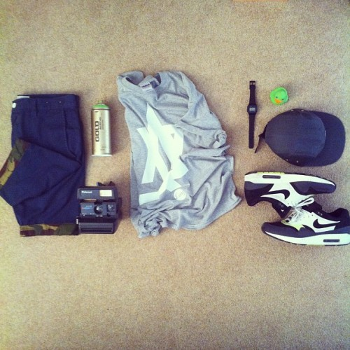 hype-hype-ting:  darkwitdim:  hype-hype-ting:  Essentials. (Taken with Instagram)  Shorts and tee needs ironing  Are you 4real? It's clear the tee isn't meant to be be neat in this photo and the shorts are just laying on the floor! Fix up!
