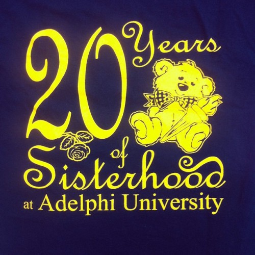 ΣΔΤ sisterhood at adelphi! #sdt #sigdelt #sigmadeltatau #adelphi #screenprint #custom (Taken with Instagram)