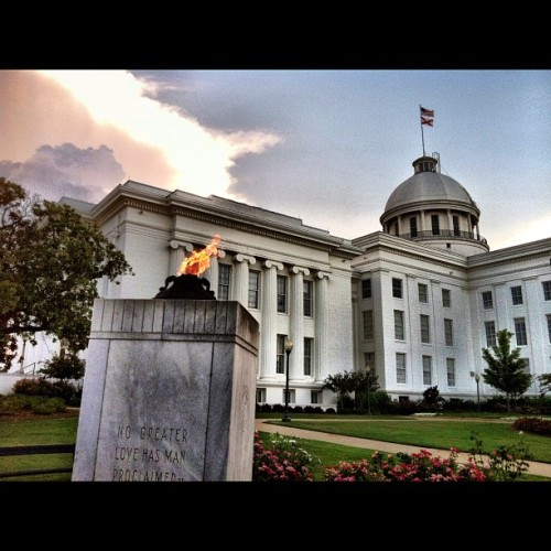 Flame of Freedom at Alabama State Capitol #montgomery #alabama #freedom #veterans #architecture #historic  (Taken with Instagram)