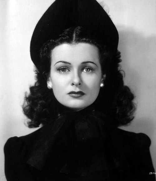 historiful:  Actress Joan Bennett (1910-1990), 1940.