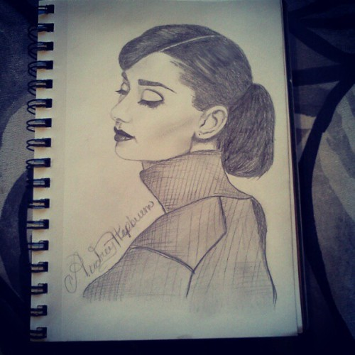 Audrey portrait tattoo idea. @tati_perez #audreyhepburn #tattooidea #mypictures #myart  (Taken with Instagram)