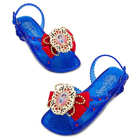 Snow White Light up shoes! $16.50  love these! I want them myself XD